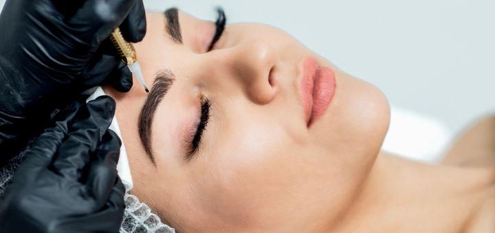 Пудровые брови или акварельные губы в студии красоты «Aquarelle»