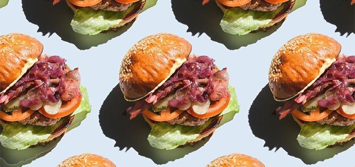 Скидка 40% на все меню от стритфуда «В рот твой бургер»