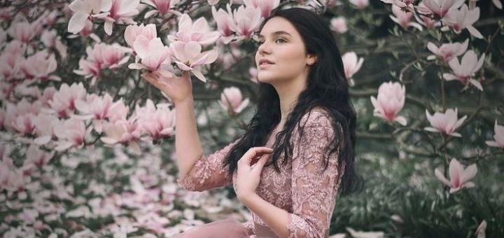 Фотосессия в шикарных платьях в ботаническом саду от «Photo of Dream»