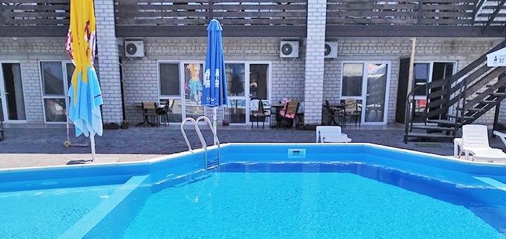 От 3 дней отдыха в мае и июне в пансионате с бассейном «Контра Банда» в Железном Порту