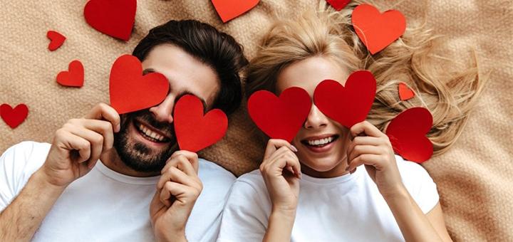 Выездная или студийная фотосессия Love Story от фотостудии «Контраст»