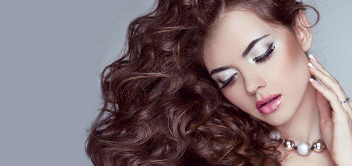 Скидка 50% на мужские, женские стрижки, укладки, окрашивание и кератинизацию волос в салоне красоты «У Валентины»